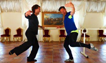 Jonathan Thompson learning ballet dance in Provence
